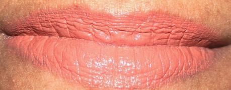 Rimmel Kate Urban Bohemian Lipstick 32 Nude Swatches