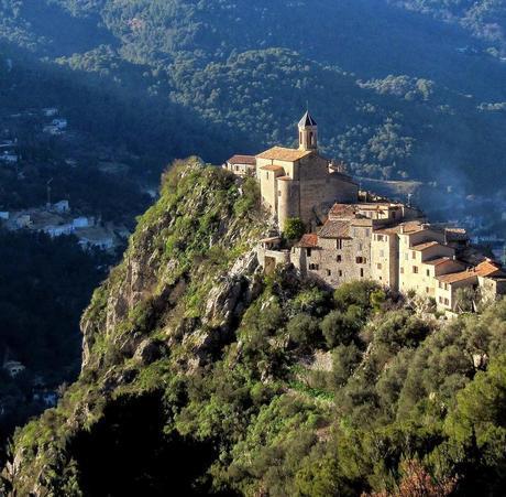 Top 20 Secret Spots To Visit in France