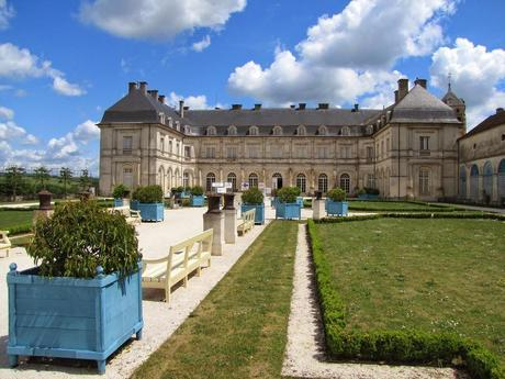 10 Stunning Castles You Should See in Eastern France