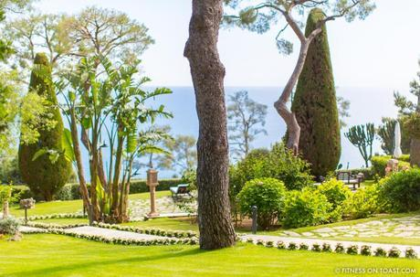 Fitness On Toast Faya Girl Blog Healthy Recipe Workout Clothes Charli London Yoga Pilates Loose Relaxed Comfortable Soft Beautiful Fabric Material Stylish Relaxed Grand Hotel Du Cap Ferrat France Jean Mus Landscape Architect-22