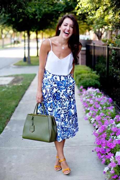 Blue & White Midi Skirt - Paperblog