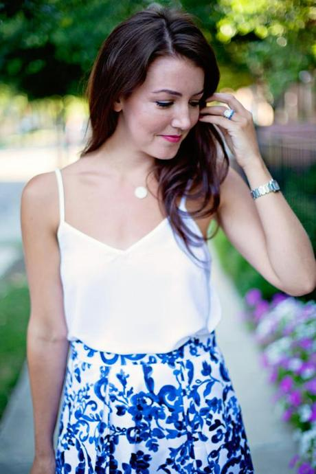 Blue & White Midi Skirt - Paperblog