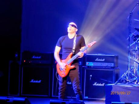A Ripple Conversation With Joe Satriani