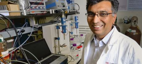 Sri Narayan focuses on the fundamental and applied aspects of electrochemical energy conversion