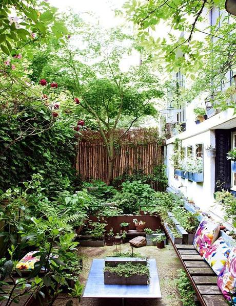 House home city gardens paperblog for Amenagement petite cour maison