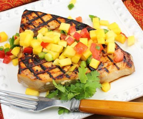 Grilled Swordfish with Mango Salsa - Paperblog