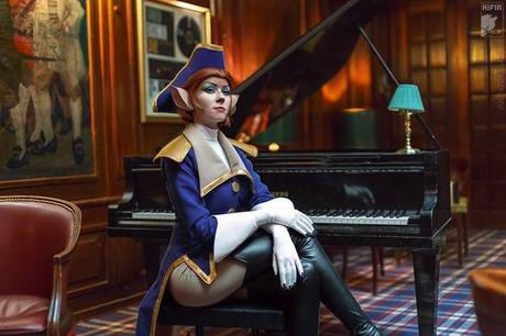 captain_amelia_cosplay