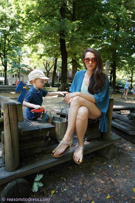 outfits for moms, fashion advice for moms, mom fashion, mom trends,momstyle,mom style,#momstyle,#momtrends, fashion for moms, outfit of the day,fblogger, fashion blogger,#fblogger,#lblogger, lifestyle blogger, expat blogger,#expat,#expat bloger, expat fashion, mom fashion in europe, european fashion trends, sandals, sandal trends,yellow,#yellow,yellow nails,italy, vacation in italy, how to dress in italy, how to dress on vacation in italy, what is a passeggiata, skinny pants, skinny pants for moms, accessorize with yellow, what i wore, what I wore today,#wiw,#wiwt, kimono, kimono trend 2014, cut off shorts, how to wear a kimono, style a kimono, style cut-off shorts, how to wear cut off jeans, cut off jeans and kimono, thong sandals, mom and son fashion, park, toddler, toddler fashion