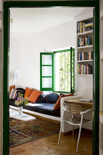 kelly-green-window-trim