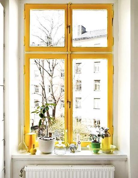 interior-yellow-window