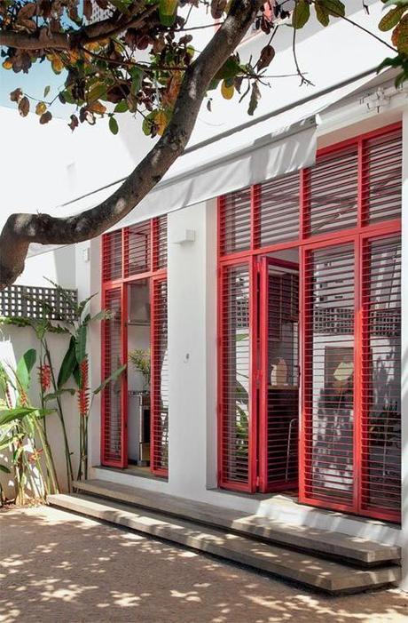 red-window-patio-exteiror