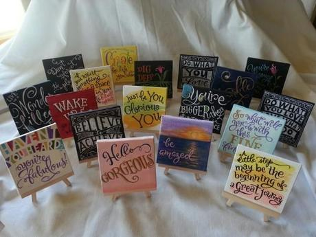 Small canvas gifts with quotes paperblog for Things to do with mini canvases
