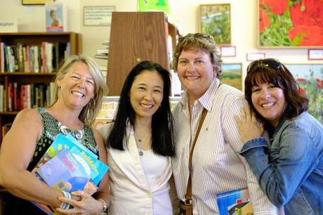 bookstore karie, donna, lisa