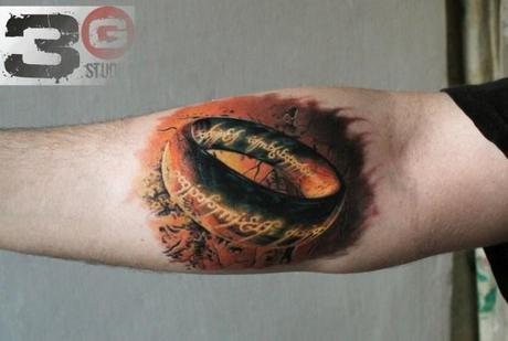 O-anel-Lord-of-de-Rings-Tattoo-600x404