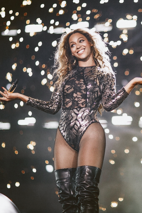 Beyoncé Leads 2014 MTV VMA Nominations