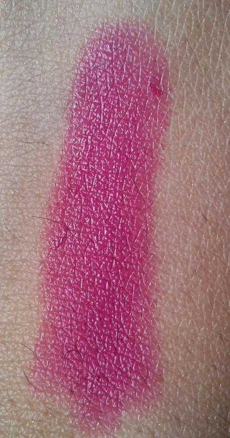 Avon Simply Pretty Lipstick in