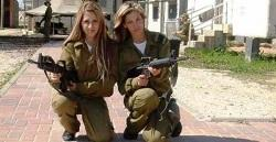 Israeli soldier girls1