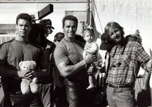 Arnolds-stunt-double-Peter-Kent-Arnold-Schwarzenegger-with-his-daughter-Katherine-and-James-Cameron-on-the-set-of-Terminator-2-Judgment-Day