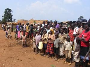 Children and villagers along Gayaza Road en route to Jinja