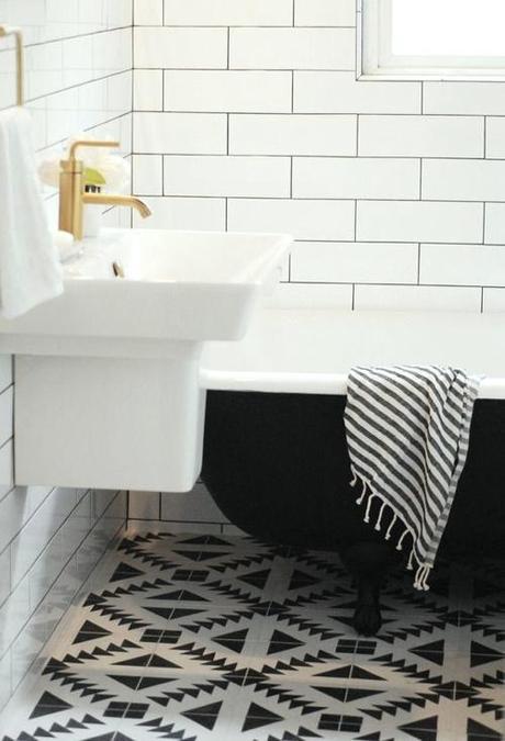 bathroom-tile-b&w-capree