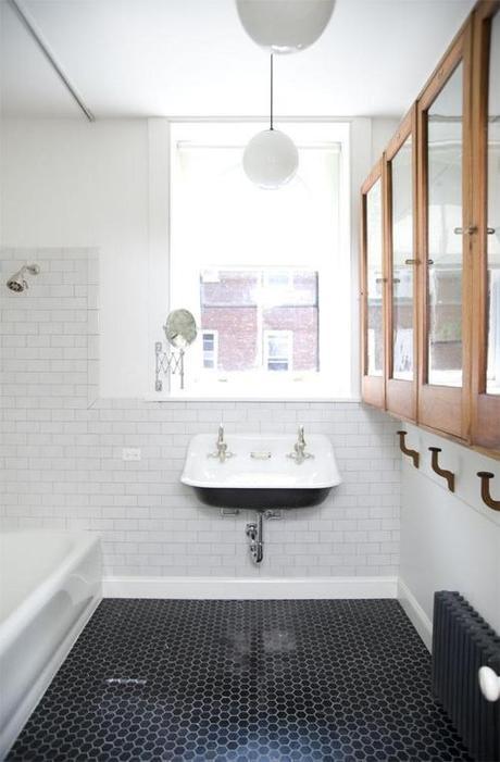 bathroom-tile-remodelista-photo-sean-slattery