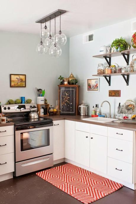 tiny colorful kitchen - Colorful Kitchens