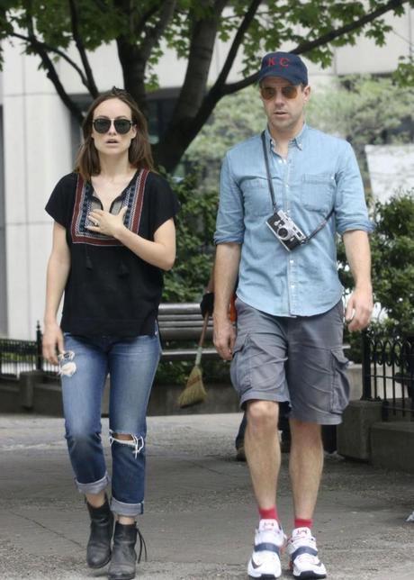 olivia wilde and jason sudeikis out in montreal august 2014 1 731x1024 womens fashion mens fashion celebrity fashion
