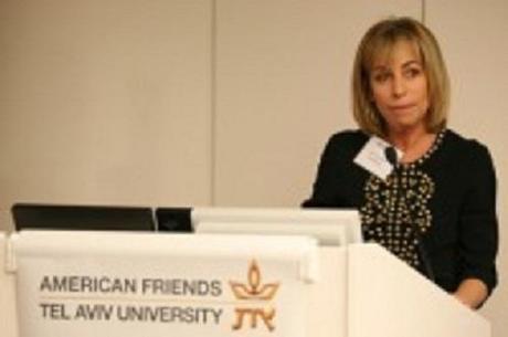 Julie McMahon in 2011