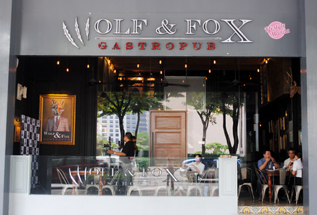 Wolf-and-Fox-Gastropub-store-front