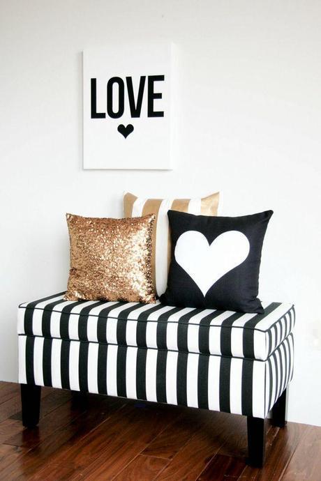 DIY Valentine's Day Pillows.  Home decoration for Valentine's.  Sparkly pillows.  Heart Pillows.  Love sign.