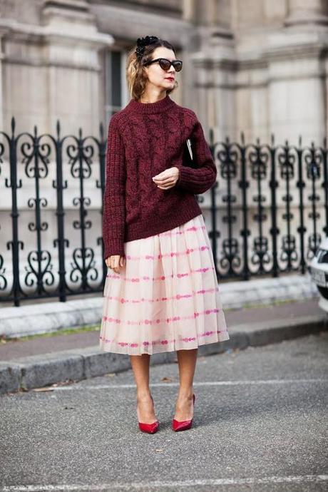 slouchy-sweater-stripe-skirt-stockhom-street-style