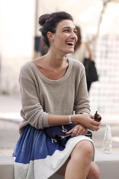 chunky-sweater-circle-skirt-the-sartorialist
