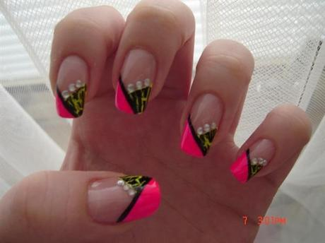 Neon Pink and Neon Green Nail Art Designs - Paperblog