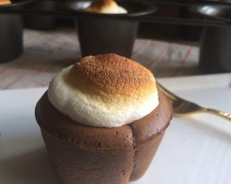Cooking by Kena: Hot Chocolate Popovers - Paperblog
