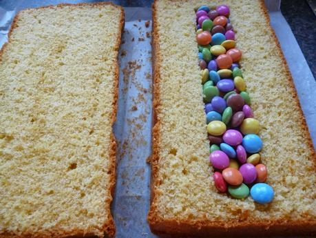 How to make a Loom Band Cake