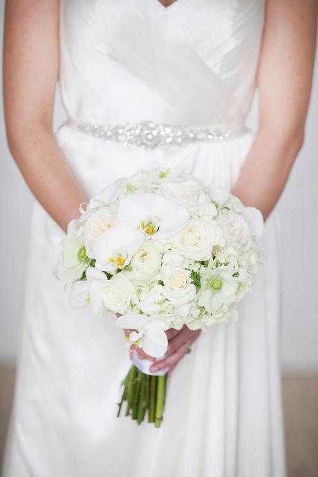 all white wedding inspiration - amanda douglas events29