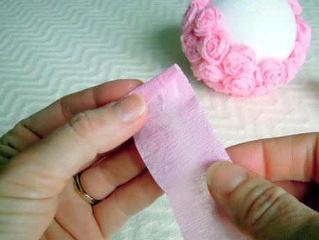 Wedding DIY: Crepe Paper Flower Balls