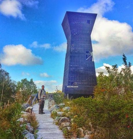 The lookout tower at Björköby, is ideal for birdwatching and for views of the Finnish archipelago.